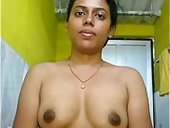 Tamil Aunty Bathing